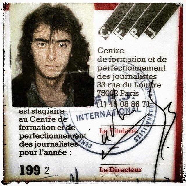 Mi credencial de estudiante cuando vivía en París en 1992. #baúl de los recuerdos #París