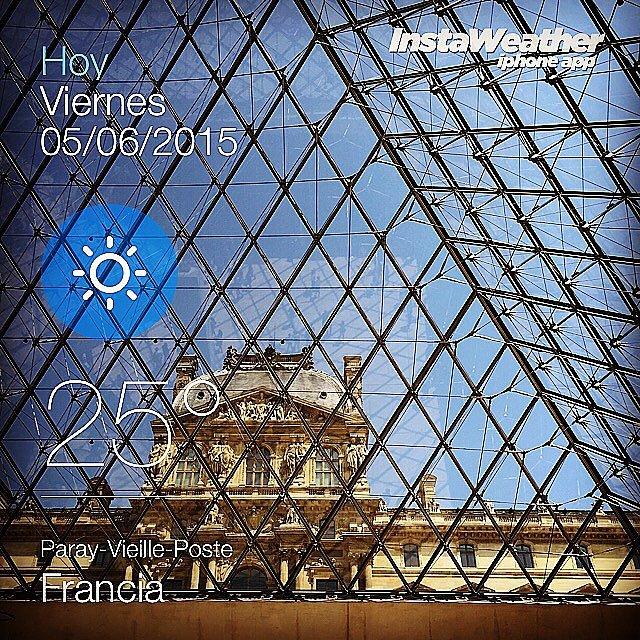 Louvre. #parís
